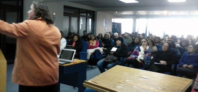 Chile – Día del Profesor: docentes denuncian precariedad laboral y llaman a afiliarse