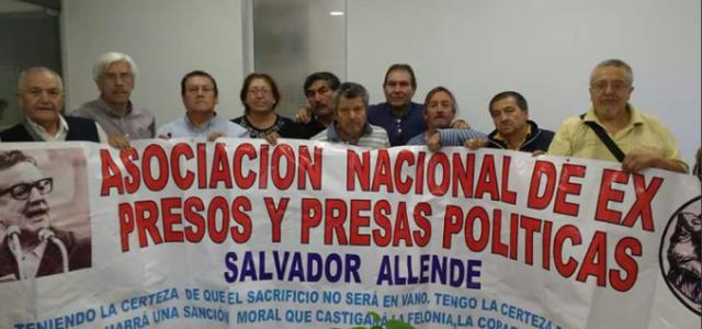 Chile – ACTO DE SOLIDARIDAD Y LUCHA EX PRESOS POLITICOS EN EL EX CONGRESO NACIONAL (VIERNES 8)