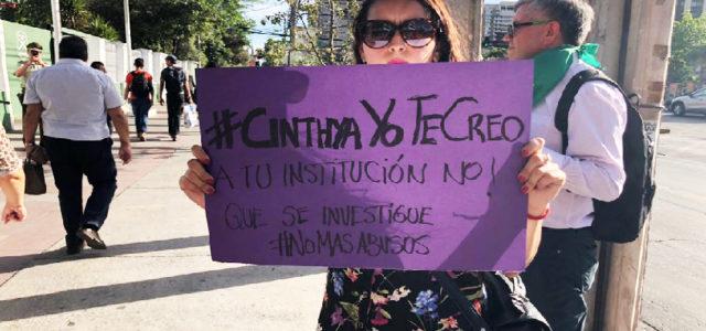 Chile – Protestas en comisaría donde Capitana de carabineros intento suicidarse por acoso sexual de superiores