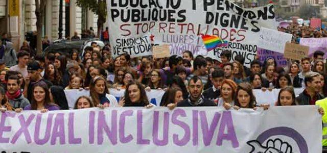 Estado Español – ¡Más de un millón y medio de estudiantes secundan la huelga contra el machismo y por una enseñanza sexual inclusiva y en libertad!