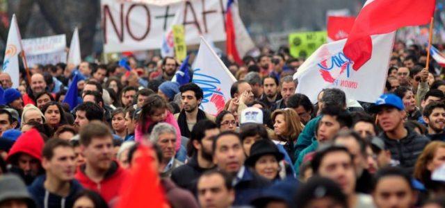 Chile – Marco Gonzalez: Reforma a pensiones es más de lo mismo