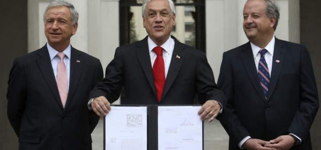 Chile – La crisis del sistema privado de pensiones: un punto de inflexión de nuestra democracia