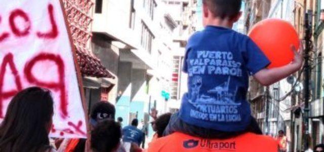 Movilización de los trabajadores portuarios de Valparaíso sigue sumando apoyos