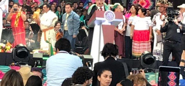 """México: Presidente Andrés Manuel López Obrador:""""Con el pueblo todo, sin el pueblo nada"""". Discurso completo pronunciado en el Zócalo de la ciudad de México."""