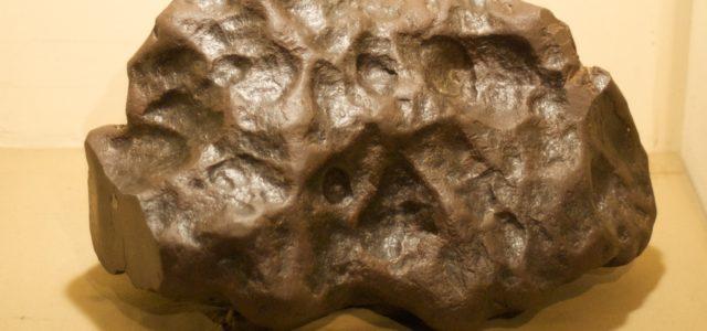 La peligrosa, pero muy lucrativa profesión de los cazadores de meteoritos