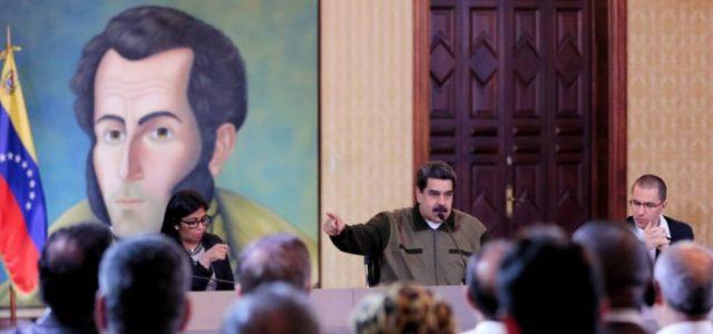 En Encuentro con delegaciones del mundo el Presidente Nicolás Maduro realizó un recuento del proceso iniciado hace 20 años con Hugo Chávez.