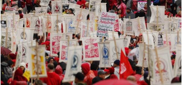 EEUU – Más de 30 mil maestros van a huelga en Los Ángeles, California