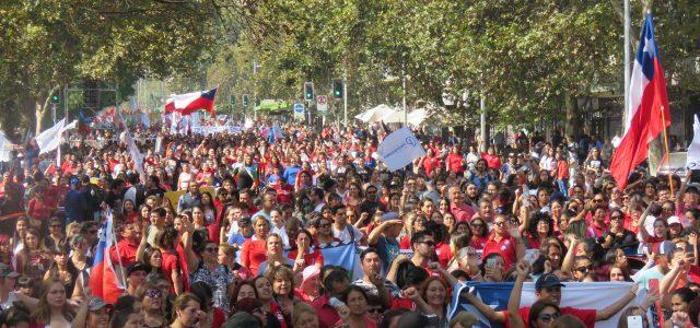 Multitudinaria marcha en Santiago y en las principales ciudades de Chile en el 2do Paro Nacional Activo
