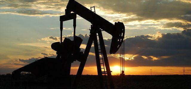 China ya no firma acuerdos para comprar petróleo de EEUU