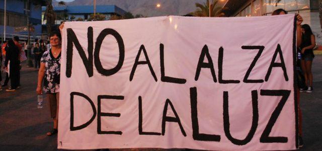 Debemos decir no a las fuertes alzas en las cuentas de la luz en Chile