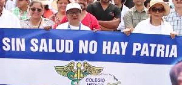 Violentos enfrentamientos ocupan las calles de la capital de Honduras