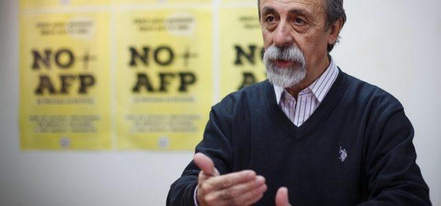 """Luis Mesina por reforma de pensiones: """"La propuesta de Piñera es absolutamente regresiva"""""""