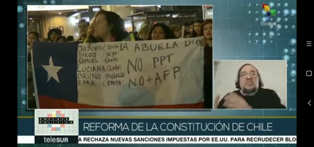 «En Chile nunca ha habido una Constitución que haya sido elaborada con participación ciudadana.»  Esteban Silva enEnClavePolitikadeTelesur
