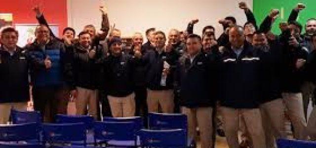 Cien por ciento de vendedores de CCU aprueban la Huelga