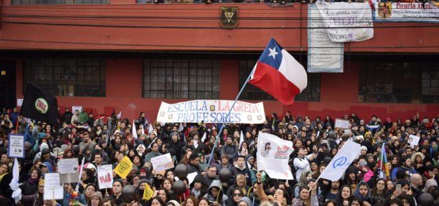 CATEGÓRICO RECHAZO DEL PROFESORADO A RESPUESTA DEL MINEDUC: SIGUE EL PARO DOCENTE INDEFINIDO