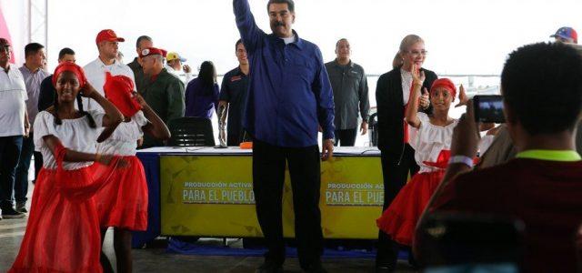 Maduro en la Encrucijada  Por Juan Pablo Cárdenas S
