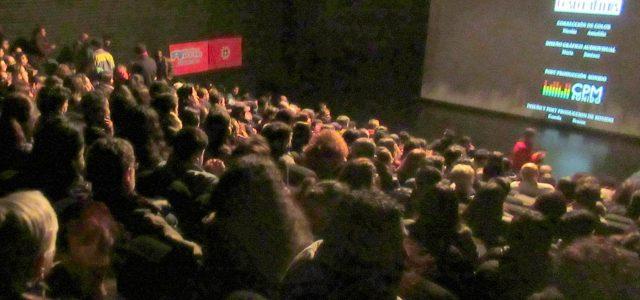 """Con masiva concurrencia se estrenó documental de dirigente del FPMR """"Raúl Pellegrin, comandante José Miguel"""" en Valparaíso"""