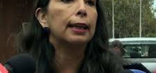 Juez declara inadmisible querella de Karla Rubilar contra estudiante del Instituto Nacional y la critica por exponerlo públicamente