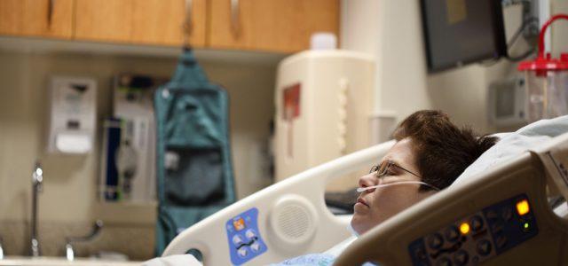 La sanidad en EEUU es tan cara que las empresas ya prefieren pagar tratamientos en el extranjero