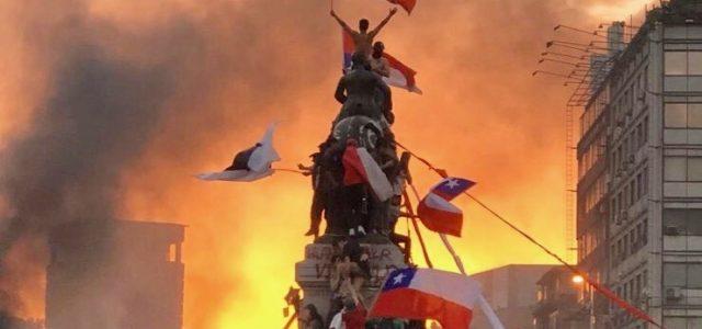 Chile: Frente a la suspensión de la APEC y de la COP25: Llaman a construir «El abrazo de los Pueblos contra el neoliberalismo»