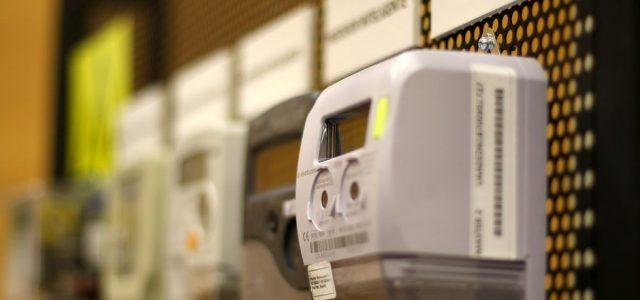 Cuentas de electricidad tendrán alza de 9,2 por ciento promedio en todo el país