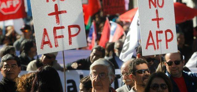 Tenemos que terminar con el nefasto sistema de AFP