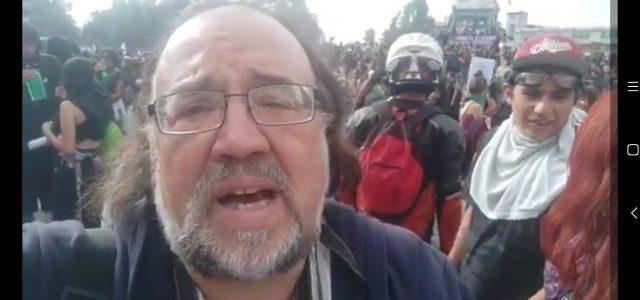 «Sentido y deber de estar movilizados.» Columna de Esteban Silva desde la Plaza de la Dignidad. 26 de Nov, Huelga General Nacional