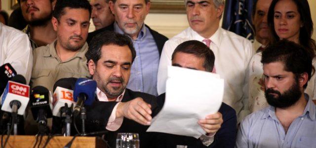 Los partidos chilenos se unen para consensuar una constitución de reforma