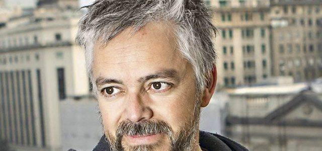 """Jorge Baradit y Chile en la COP25: «Piñera corre el riesgo incluso de una orden de detención internacional por violaciones a los derechos humanos"""""""