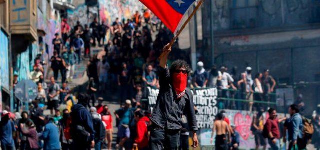 Las iniquidades del Neoliberalismo que obligan a una nueva Constitución con un Sistema Económico y Social de Derechos