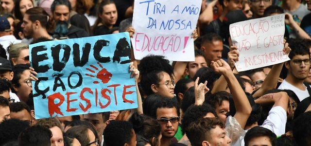 Brasil – Militarismo, privatización y recorte de recursos en educación