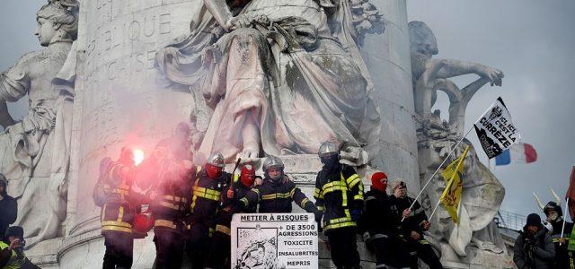 PARÍS: Gran Enojo de los bomberos