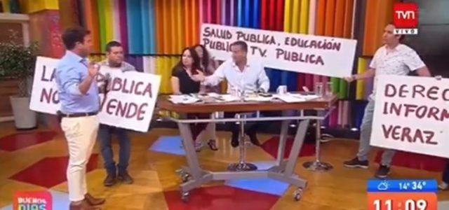 Protestas en TVN por no cumplir rol público en pluralismo, diversidad y representatividad