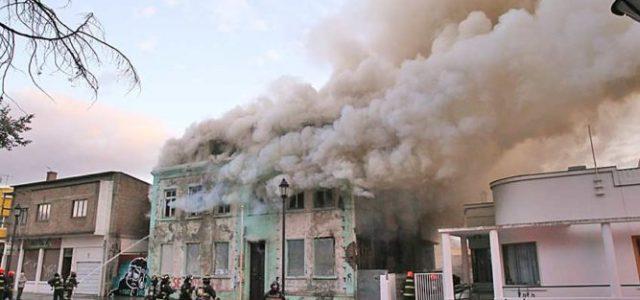 """""""Huaipe"""" con bencina habrían utilizado para quemar la Casa de los Derechos Humanos"""