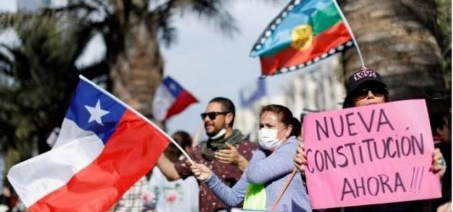 Subir los sueldos, reducir la jornada laboral, anular la Ley Pesca, fortalecer el Sernac: Los proyectos que no se pueden aprobar por culpa de la Constitución de Pinochet