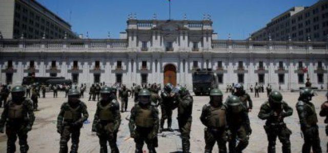 Chile «normal»: Trabajadores públicos no vuelven, profesores tampoco