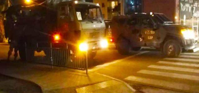 Maipú: protestas por alimentos, 9 detenidos en intento de saqueo a supermercado